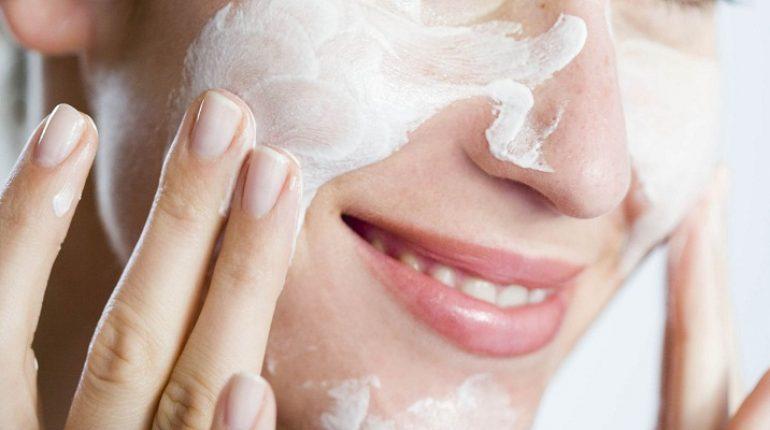 skincare-woman