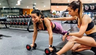 personal-trainer-women-workout
