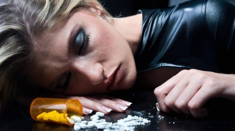 Prescription-Drugs-Addict-addiction